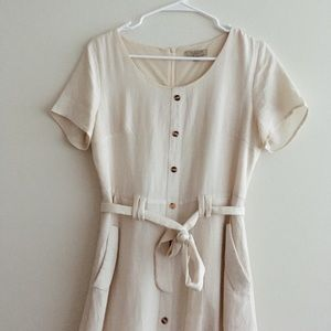 POLAGRAM// Small button down cream dress